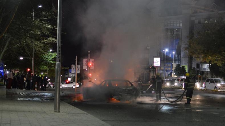 Gewalttätiger Widerstand: Südafrikanische Taxifahrer führen Krieg gegen Uber