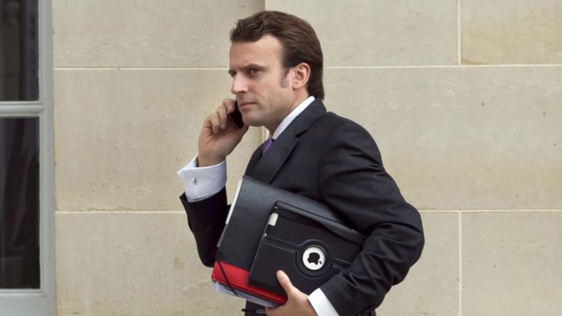 Der Teilnehmer ist erreichbar: Private Handynummer von Emmanuel Macron ins Netz durchgesickert