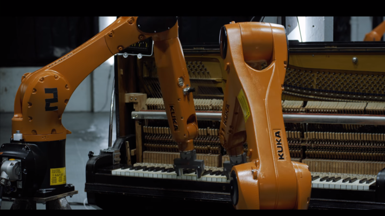 Neuseeländer spielt neues Musikalbum mithilfe von Industrierobotern ein [VIDEO]