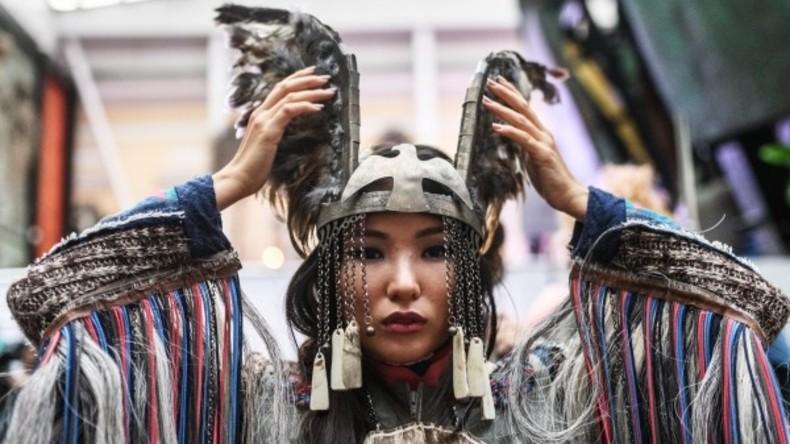 """ETHNO ART FEST"": Modeschau bei internationalem ethno-kulturellem Festival in Moskau"