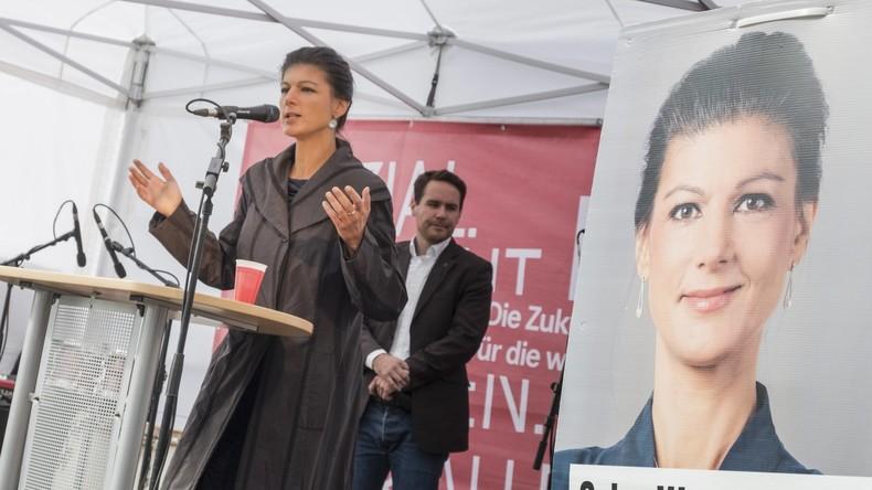 """Live ab 16 Uhr: """"Wähler hört die Signale"""" - Sahra Wagenknecht hält letzte Wahlkampfrede in Berlin"""