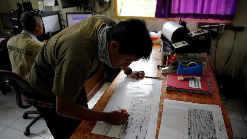 Vulkan auf Bali wacht auf: 14.000 werden evakuiert