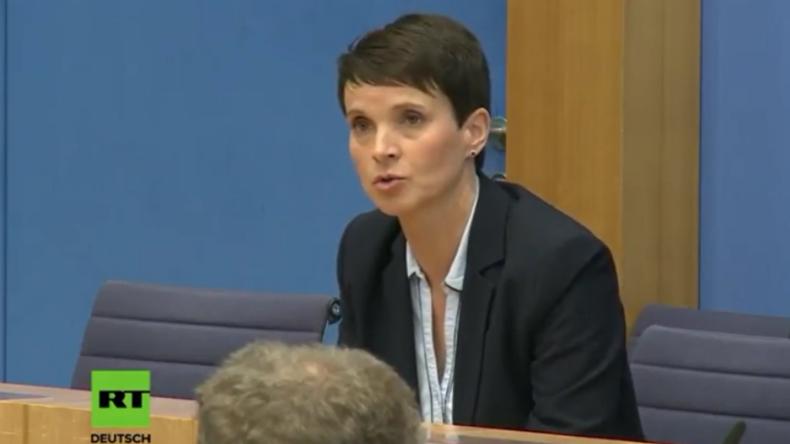 """""""Werde AfD-Fraktion nicht angehören"""" - Frauke Petry lässt bei BPK """"Bombe platzen"""""""