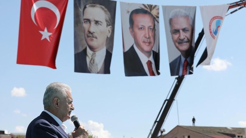 Nach Putschversuch in der Türkei: 54.400 Menschen in Untersuchungshaft und 5.000 Prozesse eröffnet