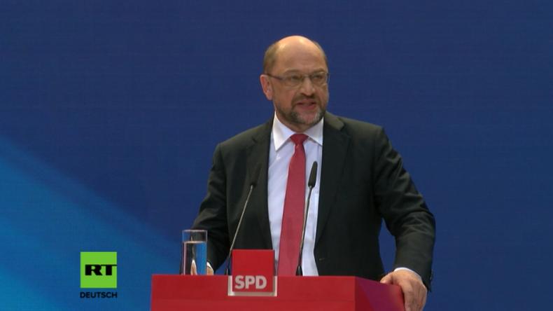 Schulz: Schlaftabletten-Politik von Merkel Schuld an Vakuum, das nun die AfD ausfüllt