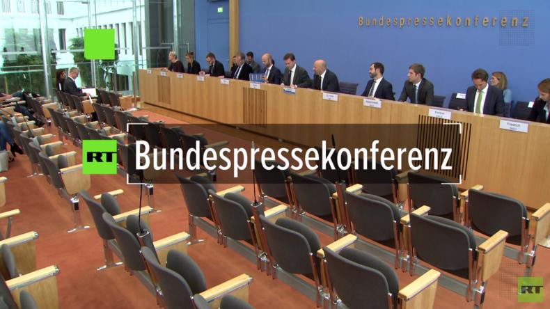 """Regierungspressekonferenz: """"Merkel steht Idee eines EU-Finanzministers offen gegenüber"""""""