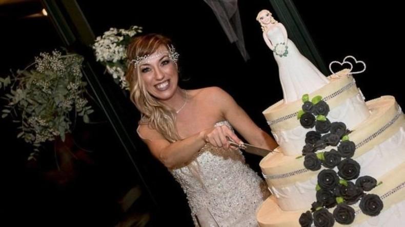 Solo-Hochzeit: Italienerin heiratet sich selbst