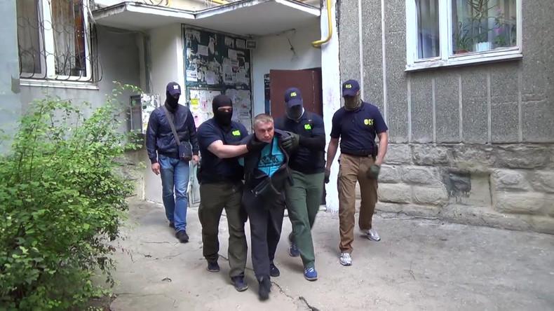 FSB nimmt zwei Agenten ukrainischer Geheimdienste auf der Krim fest [VIDEO]