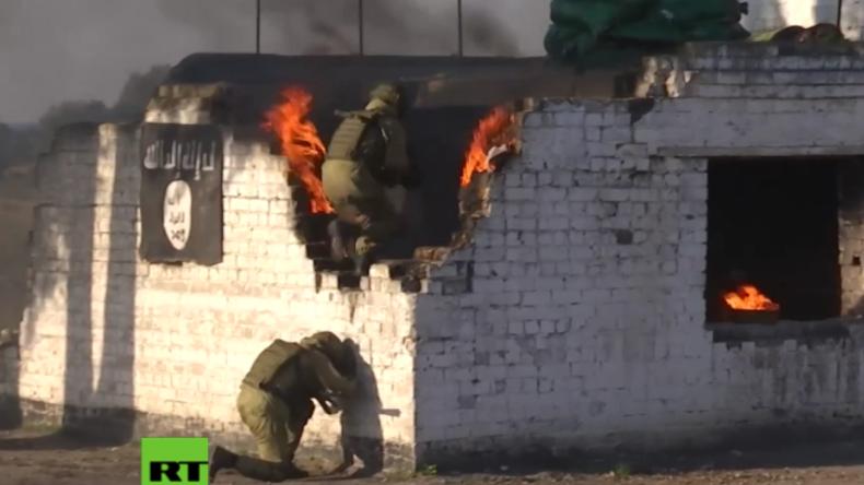 Russland: Kampf gegen Terror - Hunderte Soldaten trainieren Eliminieren von Terroristen
