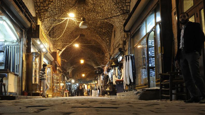 Aleppo: Im weltweit größten überdachten Basar rollt der Rubel wieder