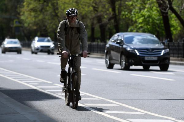 Die Moskauer Innenstadt bekam nach den Renovierungsarbeiten der Straßen seine ersten Fahrradwege, da immer mehr Moskauer das Fahrrad als ein Verkehrsmittel nutzen.