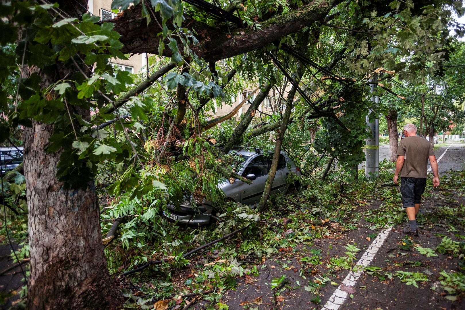 Unwetter in Rumänien fordert mindestens acht Tote [VIDEO, FOTOS]