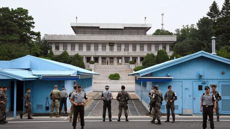 Südkoreanische und US-amerikanische Soldaten in der Demilitarisierten Zone (DMZ), Südkorea, 27. Juli 2017.