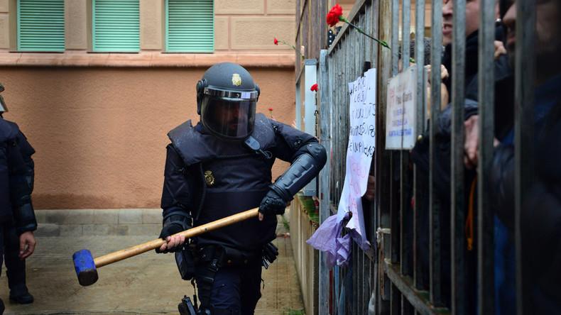 """""""Schlagkräftige Antwort"""" der Gewerkschaften - Generalstreik wegen Polizeigewalt in Katalonien"""