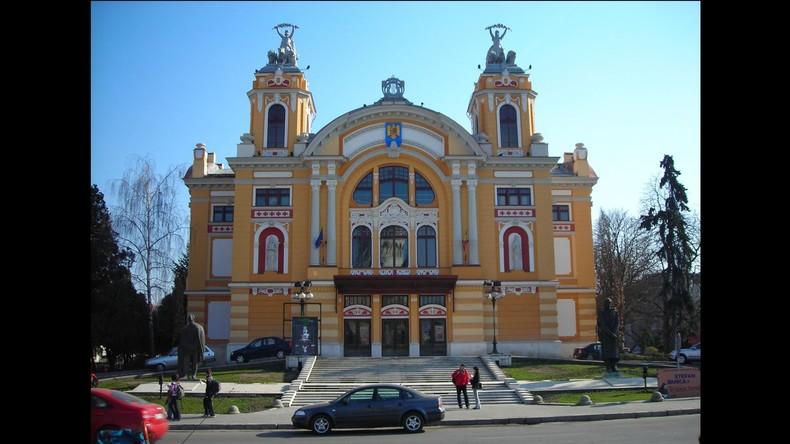 Wegen Muezzin-Rufs: Rumänische Rechtsradikale stören Konzert in Nationaloper