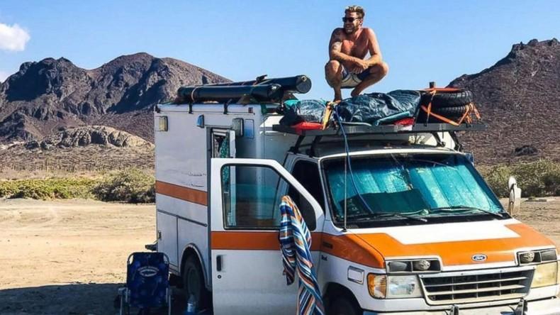 US-Amerikaner baut Rettungswagen ins Wohnmobil um und reist damit um die Welt [FOTOS]