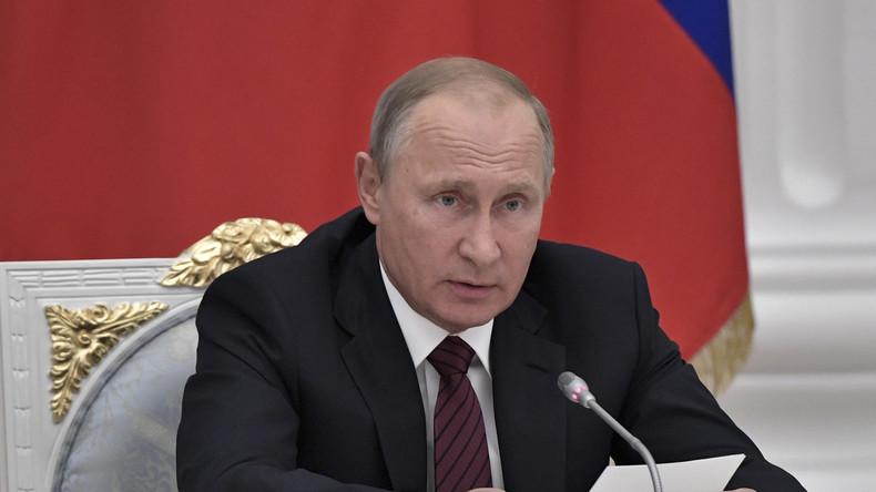 """Live: Putin hält Rede zum Thema Energiepolitik auf """"Russischer Energiewoche 2017"""" [dt. Übersetzung]"""