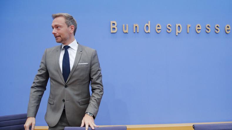 Vorübergehende Sitzordnung im Bundestag missfällt der FDP
