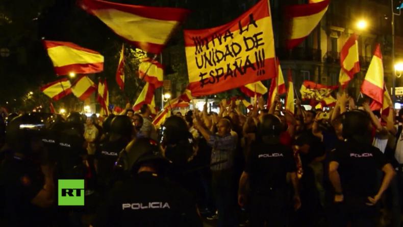 """Madrid: """"Spanien steht nicht zur Verhandlung"""" - Rechte marschieren gegen Ministerpräsident Rajoy"""