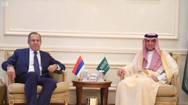 Live: Lawrow und der saudische Außenminister halten gemeinsame Pressekonferenz
