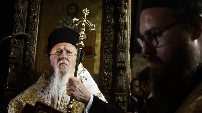 Griechische orthodoxe Kirche lehnt sich gegen Geschlechtsänderungsgesetz auf