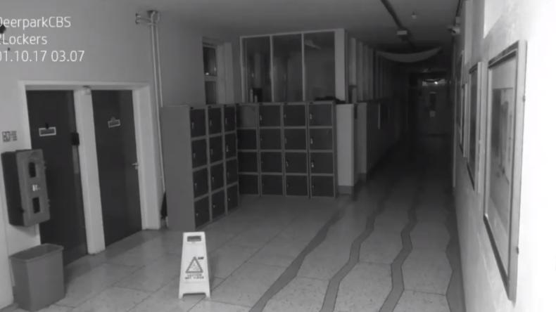 Geisterjäger gesucht: Gespenst randaliert in irischer Schule [VIDEO]