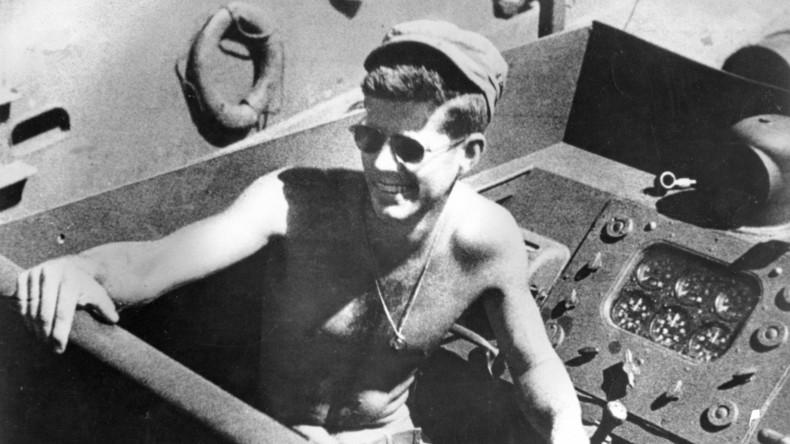 Auktionshaus versteigert John F. Kennedys Badehosen für 5.300 US-Dollar