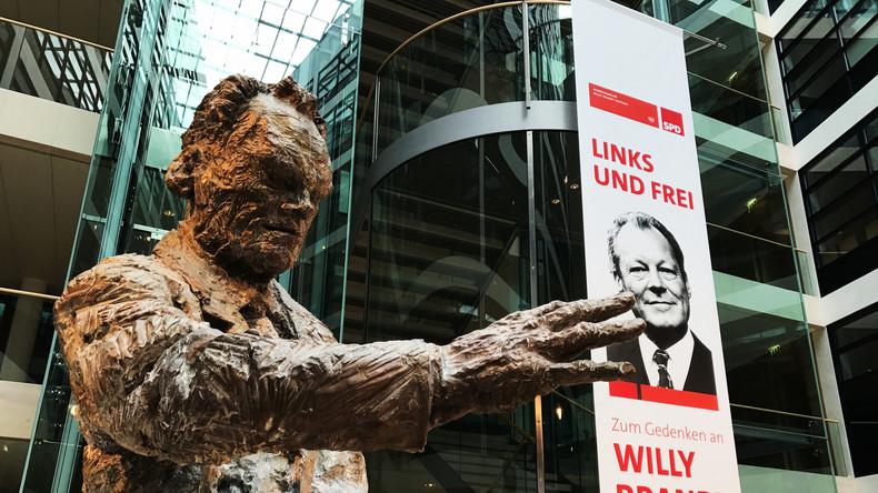 Schulz an der SPD-Gedenkfeier zum 25. Todestag Willy Brandts: keine Brandt-Nachfolger in Sicht