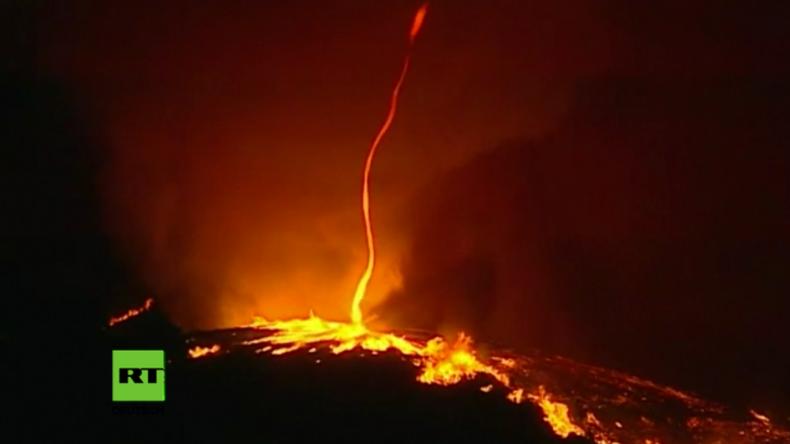 Seltenes Naturschauspiel: Bei Waldbrand in Portugal entwickelt sich ein Feuertornado