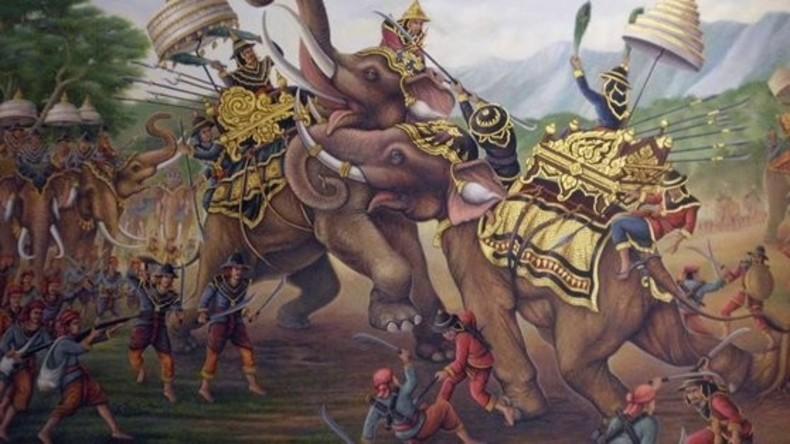 Majestätsbeleidigung: Thai-Historiker kommt wegen Geschichtszweifel vor Gericht