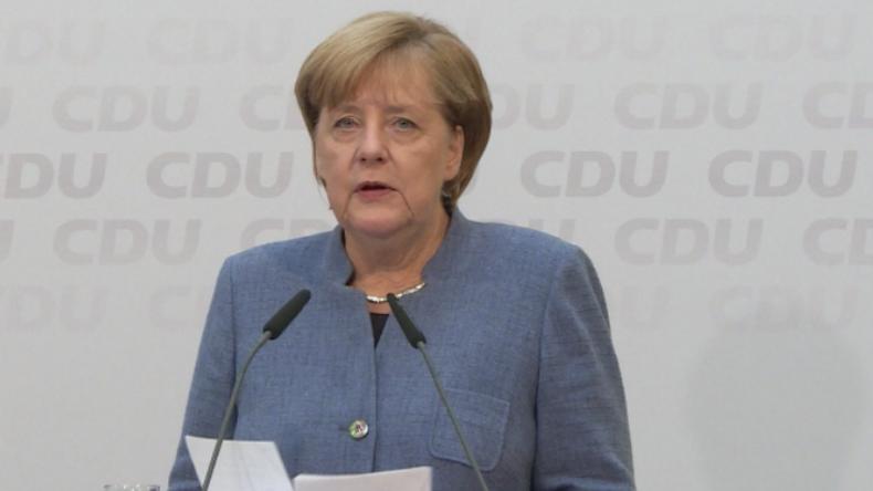 Obergrenze oder Koalitionsende? Merkel und Seehofer verkünden Einigung auf Regelwerk bei Migration
