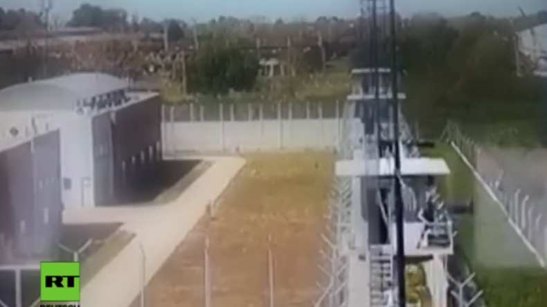 Überwachungskamera filmt fünf Häftlinge bei Flucht aus argentinischem Gefängnis