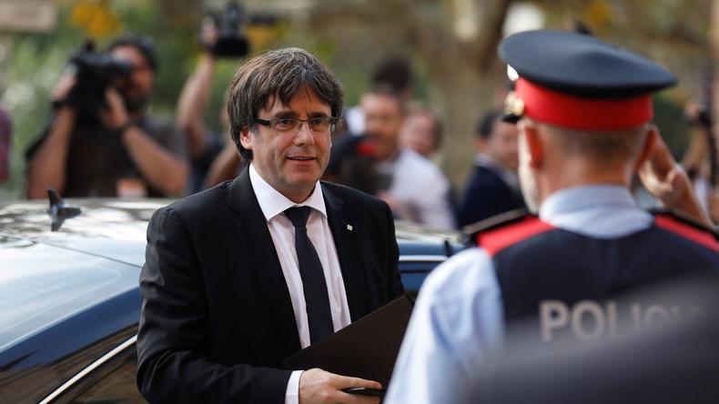 Barcelona: Rede des katalanischen Präsidenten Puigdemont um eine Stunde verschoben