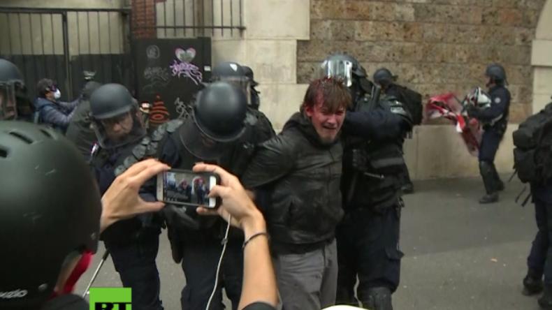 Blut, Tränengas & Vandalismus: Streiks und massive Proteste gegen Arbeitsmarktpolitik in Frankreich