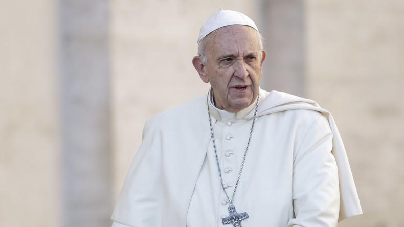 Häftlinge nutzen Essen mit Papst Franziskus für Flucht
