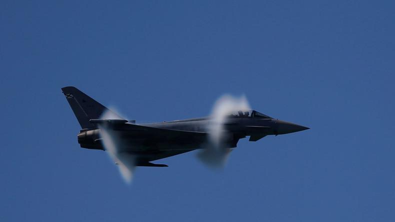 Spanischer Kampfjet nach Militärparade abgestürzt