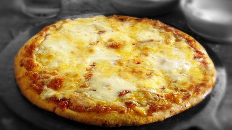 Breaking Bad: Haus des Protagonisten ständig mit Pizza beworfen - Besitzer errichten Zaun