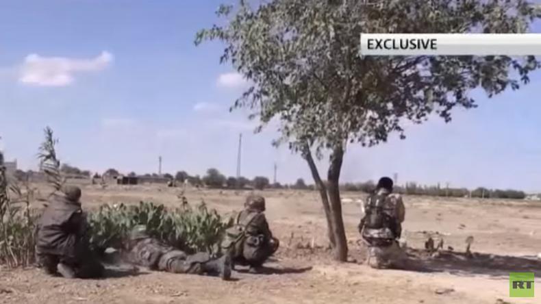 Exklusiv: Das syrische Dorf Hatla nach der Befreiung vom IS [Video]