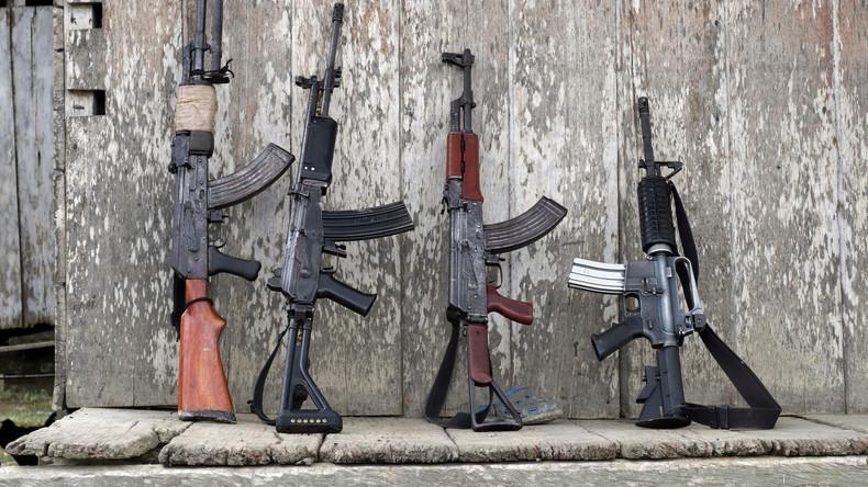 UN zerstören 69 Tonnen Waffen und Munition der kolumbianischen FARC-Guerilla