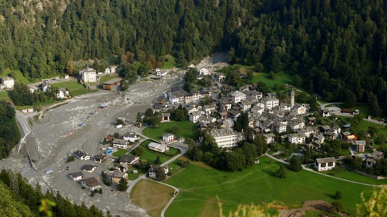 Erste Bewohner von Bondo kehren nach Felssturz zurück