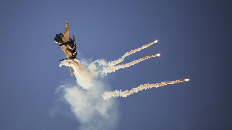 Nach angeblichem Beschuss: Israelische Kampfflugzeuge greifen Syriens Luftabwehr an