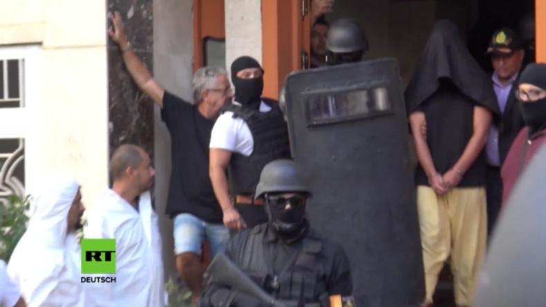 Marokko: Wütende Bürger pfeifen mutmaßliche Terroristen bei Verhaftung aus