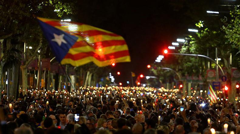 """Katalonien: Hunderttausende protestieren gegen Festnahmen und sprechen von """"politischen Gefangenen"""""""