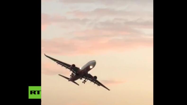 """Air Berlins letzter Langstreckenflug: Pilot verabschiedet sich und dreht gewagte """"Ehrenrunde"""""""