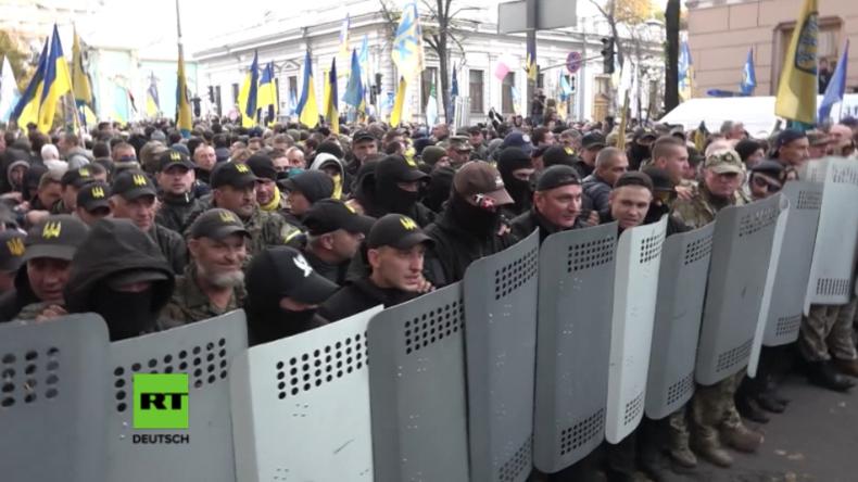 "Neuer Maidan? Saakaschwili führt massives Protestcamp gegen ""korrupte Regierung in Kiew"" an"