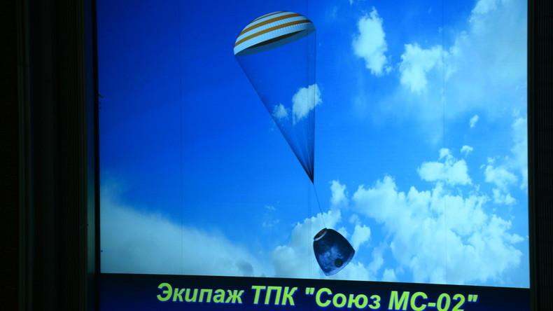 NASA: Drucksturz im Sojus-Raumschiff mit drei Menschen am Bord