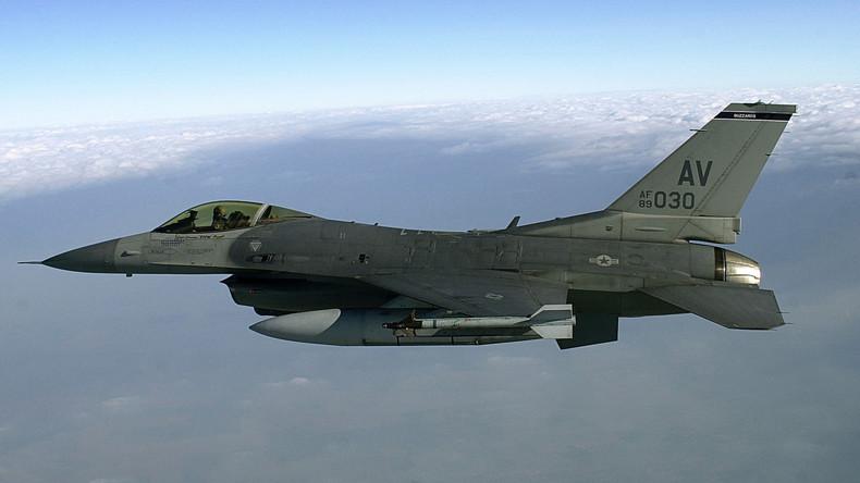Atomwaffenfähige Jagdbomber trainieren in der Eifel für Ernstfall