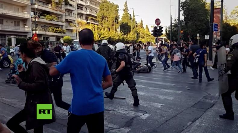Athen: Schwere Zusammenstöße zwischen PKK-Sympathisanten und Polizei vor türkischer Botschaft