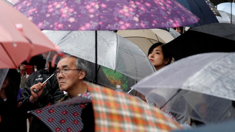 Heftiger Taifun nähert sich Japan