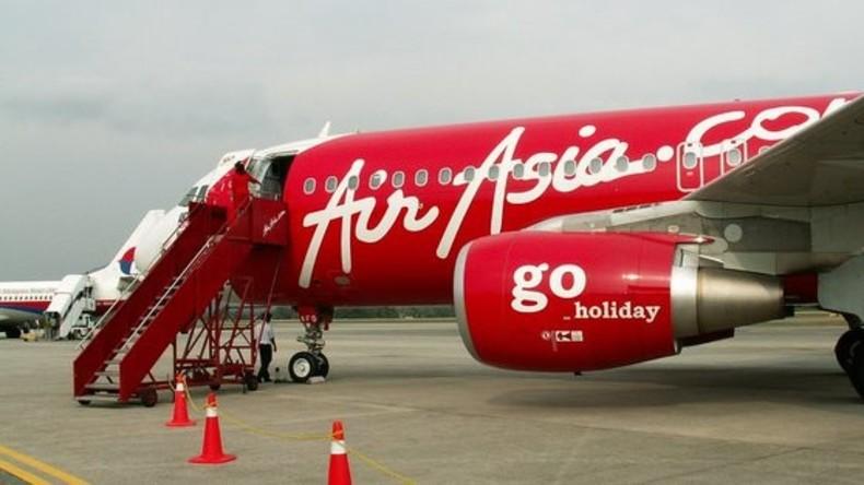 Letzte Chance: Brite macht seiner Freundin Heiratsantrag aus Angst vor Flugzeugabsturz